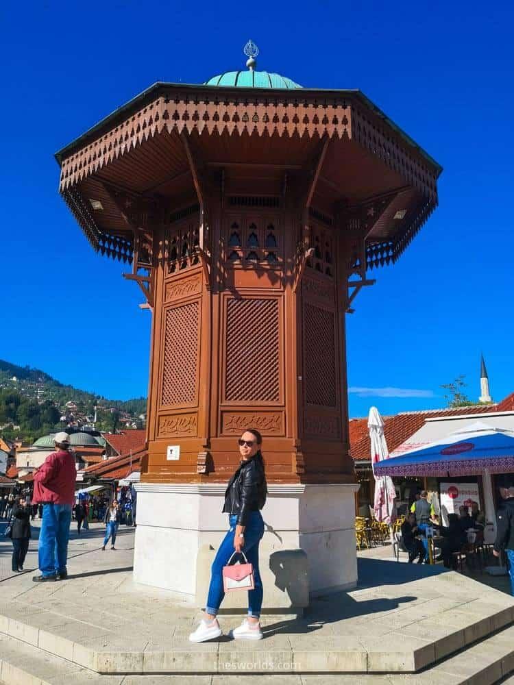 Girl posing at Sebilj in Sarajevo