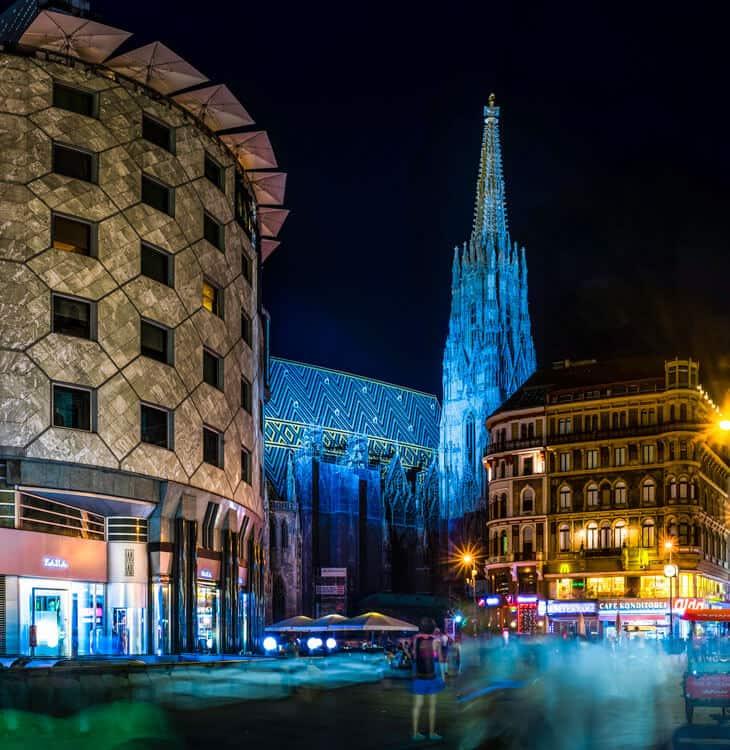 People walking at night at Stephansplatz in Vienna