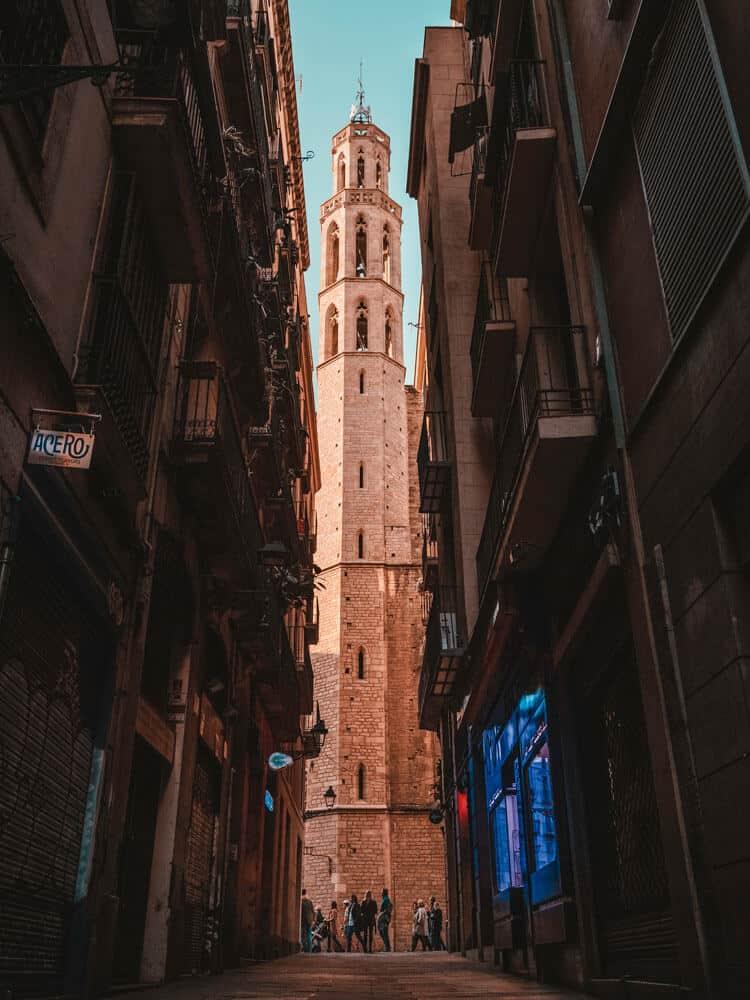 Street view to Basilica of Santa Maria del Maria in Barcelona