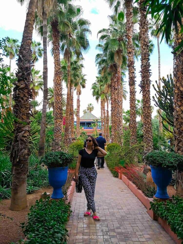 Girl posing at Jardin Majorelle in Marrakech