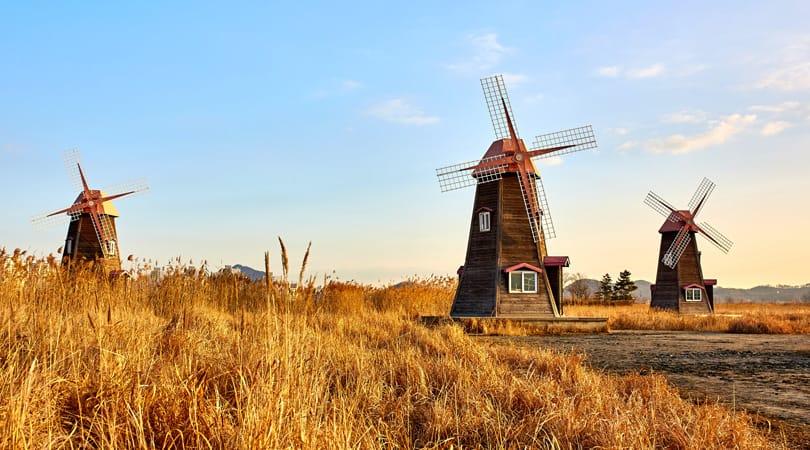 Windmills in England