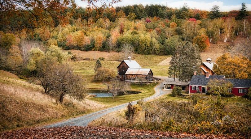 Woodstock houses in fall